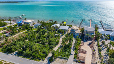Summerland Single Family Home For Sale: 1121 Ocean Drive