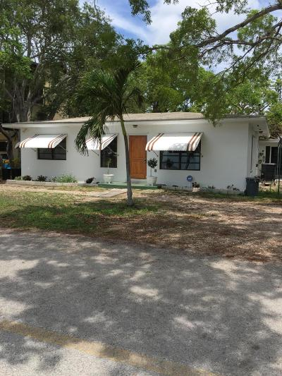 Key Largo Single Family Home For Sale: 123 Point Pleasant Drive