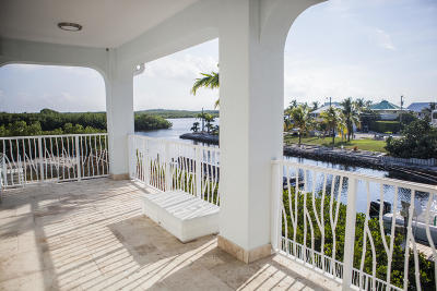 Key Largo Single Family Home For Sale: 105 La Paloma Road