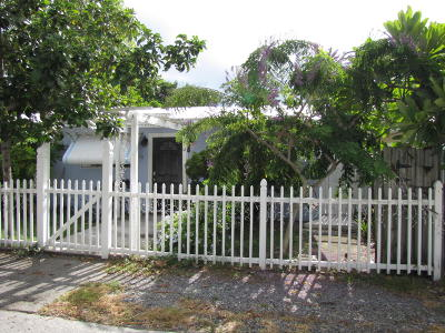 Key Largo Single Family Home For Sale: 50 Silver Springs Drive