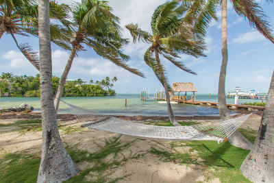 Islamorada Single Family Home For Sale: 75040 Overseas Highway