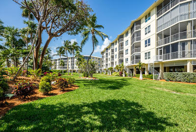 Islamorada Condo/Townhouse For Sale: 87851 Old Hwy Highway #K4