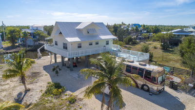 Single Family Home For Sale: 32766 Bimini Lane