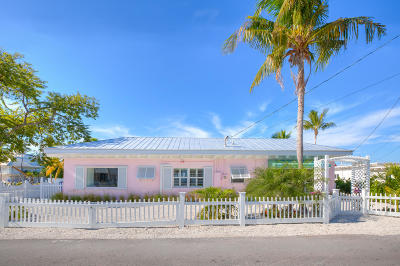 Islamorada Single Family Home For Sale: 234 Sunset Drive