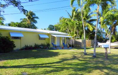 Tavernier Single Family Home For Sale: 255 Gardenia Street
