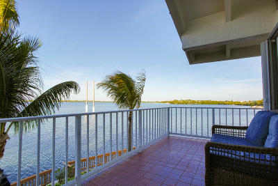 Key West Condo/Townhouse For Sale: 32 Hilton Haven Rd Road #5