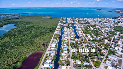 Key Largo Single Family Home For Sale: 857 Ellen Drive