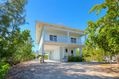 Key Largo Single Family Home For Sale: 66 Jean La Fitte Drive