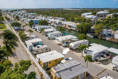 Mobile/Manufactured For Sale: 6099 Overseas Highway #31E