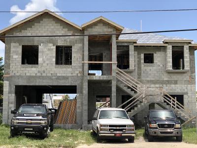 Port Largo (100.0) Single Family Home For Sale: 373 Bahia Avenue