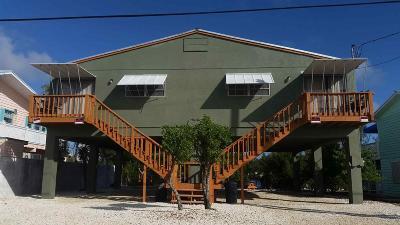 Duplex For Sale: 1791 Narcissus Avenue
