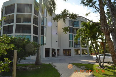 Marathon Condo/Townhouse For Sale: 8204 Gulf Of Mexico Boulevard #204