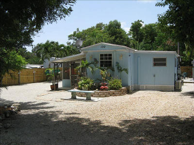 Key Largo Mobile/Manufactured For Sale: 130 Tina Place