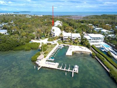 Tavernier Condo/Townhouse For Sale: 94200 Overseas Highway #2H + BOA