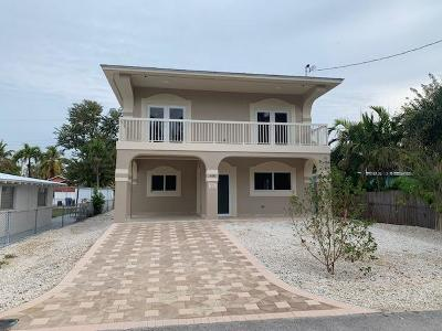 Key Largo Single Family Home For Sale: 460 Sunset Drive