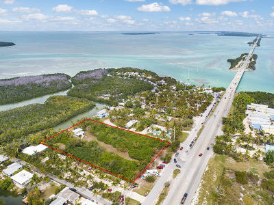 Single Family Home For Sale: 77340 Overseas Highway