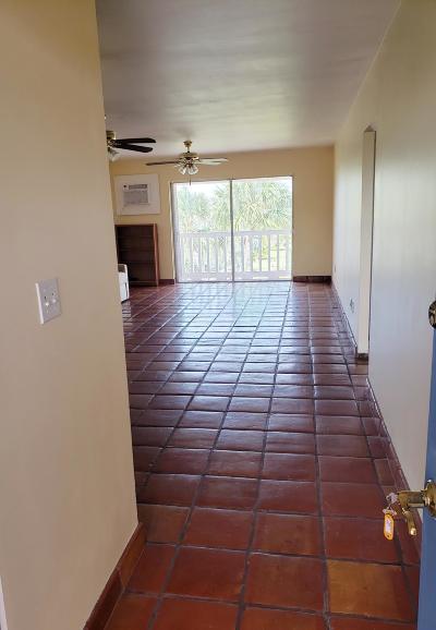Condo/Townhouse For Sale: 2601 S Roosevelt Boulevard #318C