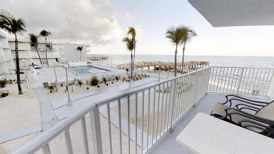 Key Colony Condo/Townhouse For Sale: 201 E Ocean Drive #3-209
