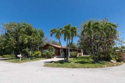 Key Largo Mobile/Manufactured For Sale: 717 N Emerald Drive