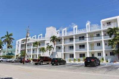 Marathon Condo/Townhouse For Sale: 1115 Sombrero Boulevard #105A