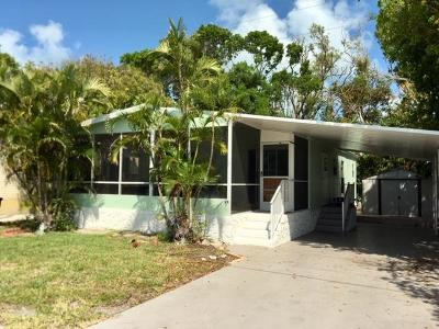 Key Largo Mobile/Manufactured For Sale: 818 S Emerald Drive