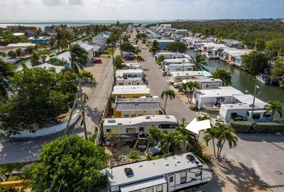 Mobile/Manufactured For Sale: 6099 Overseas Highway #19E