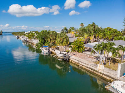 Key West, Stock Island, Geiger, Key Haven, Shark Key Single Family Home For Sale: 13 Bougainvillea Avenue