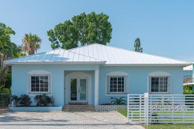 Key Largo Single Family Home For Sale: 69 Bahama Avenue
