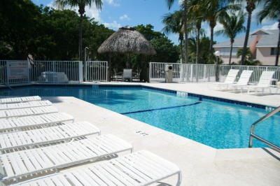 Key Largo Condo/Townhouse For Sale: 98321 Windward Avenue