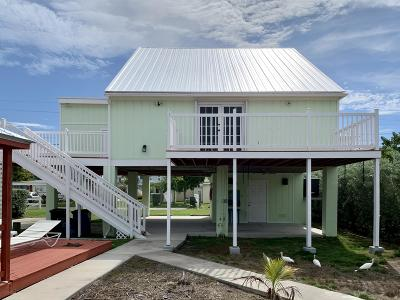 Islamorada Single Family Home For Sale: 168 Iroquois Drive