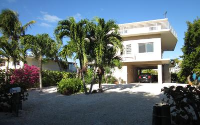 Key Largo Single Family Home For Sale: 131 Stinger Road