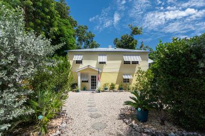 Tavernier Single Family Home For Sale: 137 Sunrise Drive