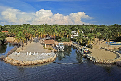 Islamorada Single Family Home For Sale: 89707 Old Highway