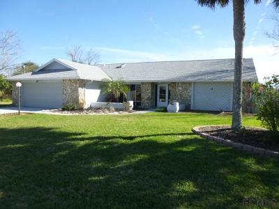 Single Family Home For Sale: 14 Flametree Court