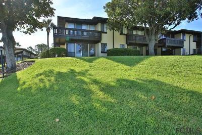Palm Coast Condo/Townhouse For Sale: 56 Club House Dr #104