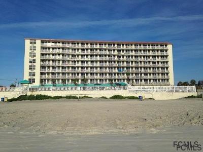 Daytona Beach Condo/Townhouse For Sale: 701 Atlantic Ave S #111