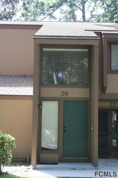 Palm Coast Condo/Townhouse For Sale: 24 Mid Pines Circle #24