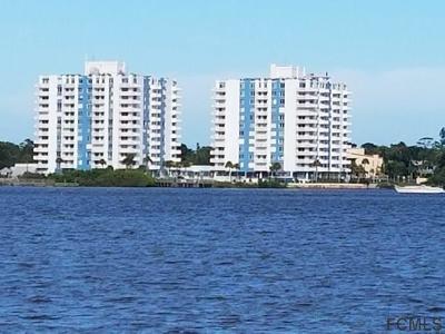 Daytona Beach Condo/Townhouse For Sale: 935 N Halifax Avenue #705