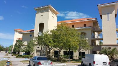 Palm Harbor Condo/Townhouse For Sale: 200 Bella Harbor Ct #101