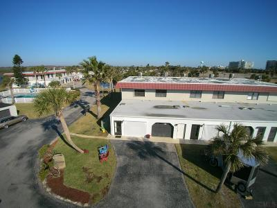 Flagler Beach Condo/Townhouse For Sale: 19 Ocean Palm Villas N #19