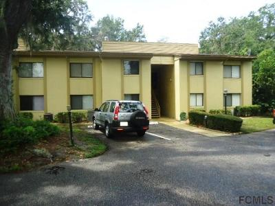 Palm Harbor Condo/Townhouse For Sale: 302 Palm Coast Pkwy NE #302