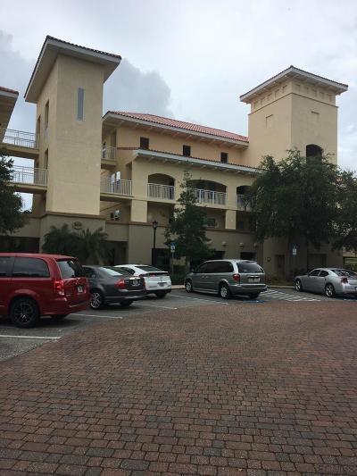 Palm Harbor Condo/Townhouse For Sale: 200 Bella Harbor Ct #114