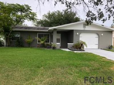 Palm Harbor Single Family Home For Sale: 97 Florida Park Dr
