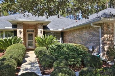 Pine Grove Single Family Home For Sale: 39 Poinsettia Ln