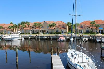 Palm Harbor Condo/Townhouse For Sale: 12 Marina Point Place #12