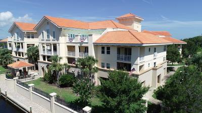 Palm Harbor Condo/Townhouse For Sale: 300 Bella Harbor Ct #107