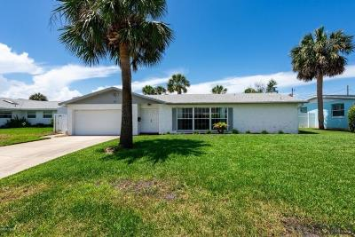 Ormond Beach Single Family Home For Sale: 127 Putting Green Ln