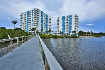 Daytona Beach Condo/Townhouse For Sale: 925 Halifax Avenue #807