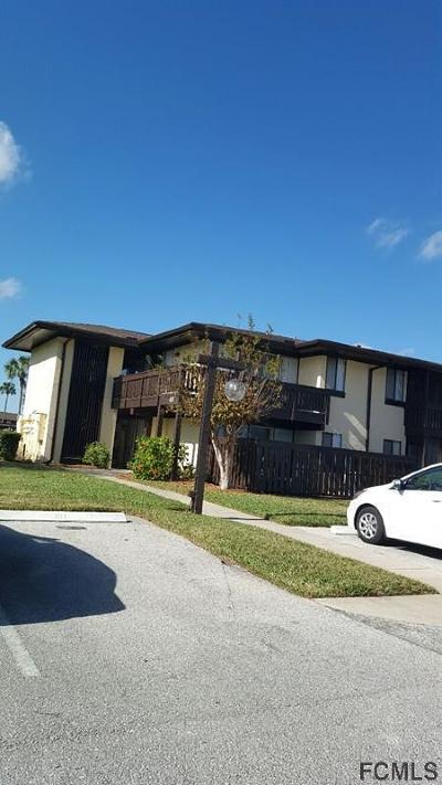 Palm Harbor Condo/Townhouse For Sale: 48 Club House Blvd #101