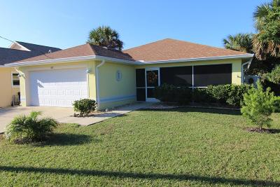 Flagler Beach Single Family Home For Sale: 308 N 7th St N